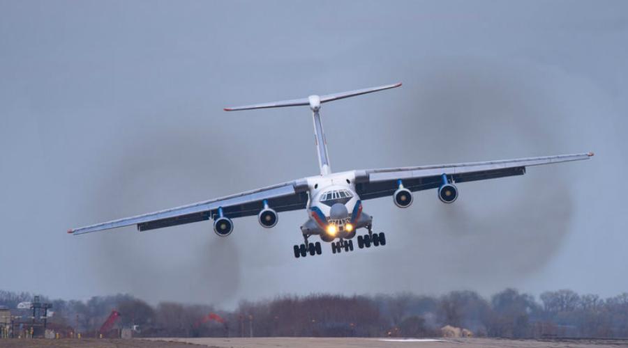 ИЛ-76 В мире активно используется 247 самолетов ИЛ-76. Большинство стран-эксплуатантов — бывшие республики Советского Союза. Насколько безопасен лайнер, который выпускается аж с 1974 года? На 549 900 летных часов Ил-76 приходится одна катастрофа.