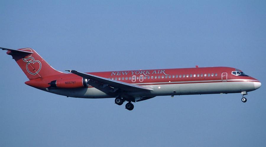 McDonnell-Douglas DC-9 Этот самолет отчего-то трепетно любят многие мелкие американские авиаперевозчики. Да и крупные, такие как Delta Airlines, старичком не брезгуют, хотя модель не выпускается аж с 1982 года. Статистика не так уж и плоха (по сравнению с другими позициями списка): 1 катастрофа на 1 068 700 летных часов.