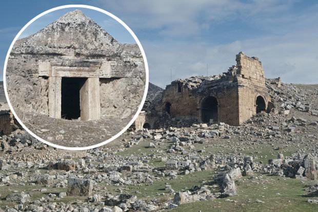 Ученые узнали тайну Врат Гадеса: внутри них навсегда пропадали древние греки