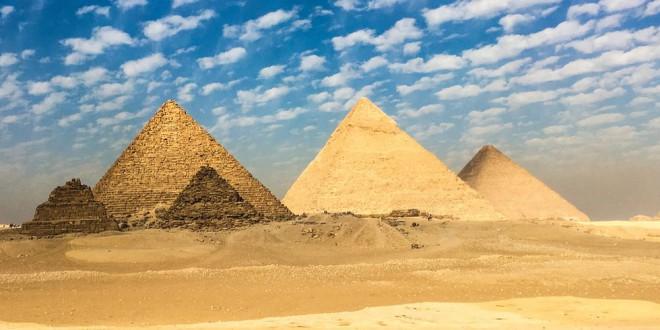 Археологи раскопали уникальную гробницу древней египетской жрицы (4 фото)