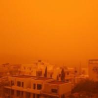 Конец света на Кипре: гигантское красное облако накрыло остров