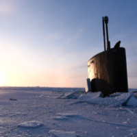 Атомная субмарина застряла во льдах, имитируя атаку на Россию