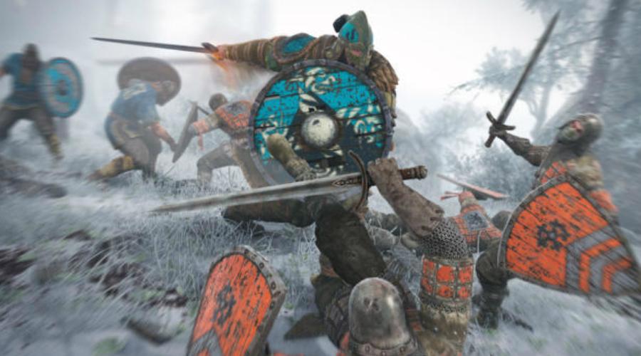 Трусам тут не место То же самое социальное давление удерживало викингов от побега во время боя. Трусость в битве — несмываемый позор. Он последует за воином и на родину, где все узнают, что он бросил щит и бежал. Будущего у такого человека, да и у всей его семьи, больше не было.