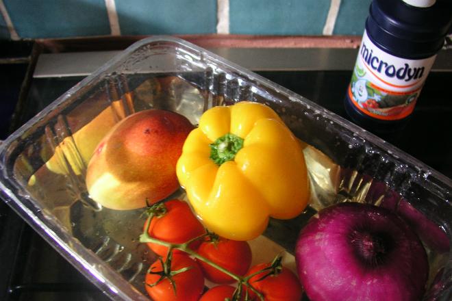 Как избавиться от пестицидов в овощах и фруктах