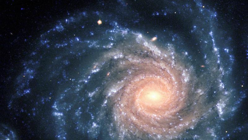 В следующий раз Современная научная парадигма строится на том, что Большой Взрыв порожден сингулярностью. Но никто пока не может в точности сказать, откуда взялась сама сингулярность. Согласно одной из теорий, Большой Взрыв случился из-за коллапса предыдущей Вселенной. А это значит, что рано или поздно аналогичная участь ждет и нашу реальность.