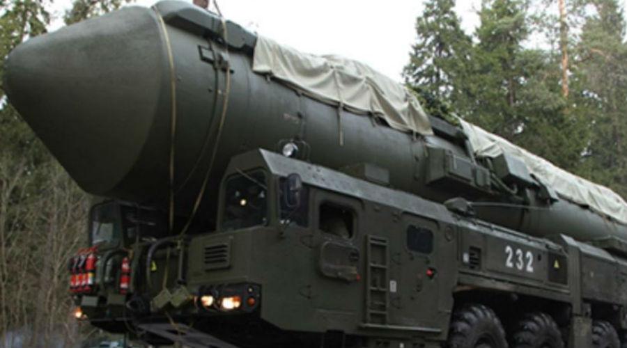 Командные ракеты Большая часть компонентов комплекса по понятным причинам засекречена. Известно лишь о существовании командных ракет, оснащенных специальной головной частью. Эти ракеты предназначены для гарантированного доведения боевого приказа центрального пункта командования до всех пусковых установок.
