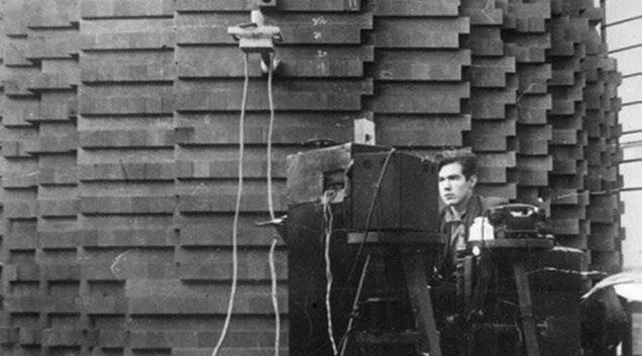 Армия физиков Сегодня историки полагают, что после войны СССР забрало себе по меньшей мере 7000 немецких физиков. Конечно, советские ученые создали бы атомную бомбу и без них, но скорее всего, это заняло бы гораздо больше времени.