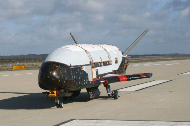 Секретный военный шаттл пробыл на орбите целый год