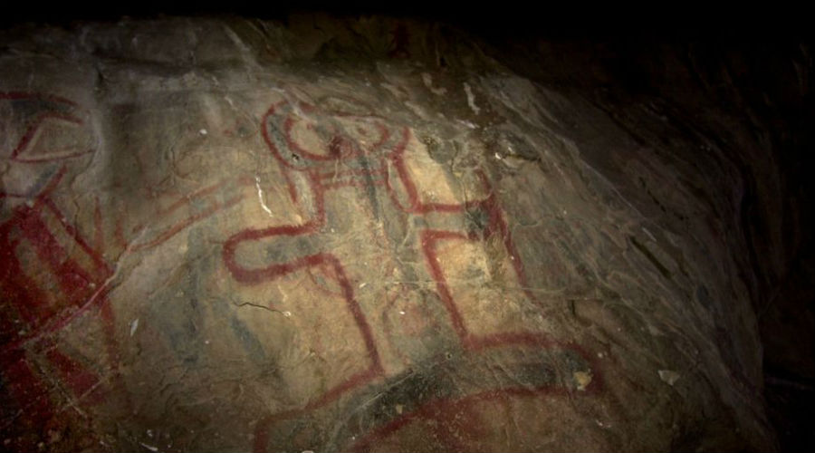 Индейцы Калифорнии Исследование фольклора коренных индейцев Калифорнии так же относительно подтверждает существование в этих местах сасквача. Сразу у нескольких местных племен упоминаются «большие волосатые люди из леса», а пиктограммам на стенах пещер археологи дают не меньше 200 лет.