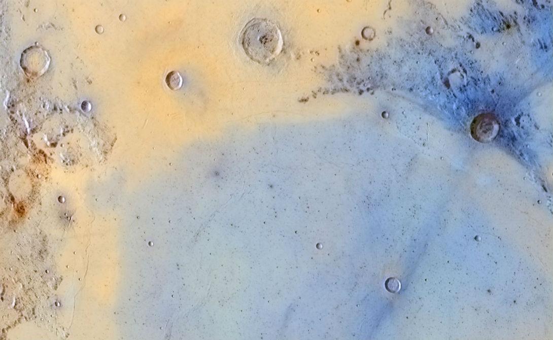 Инвертированные цвета границы между Морем Ясности и Морем Спокойствия Автор: ДжордиДельпиксБоррелл