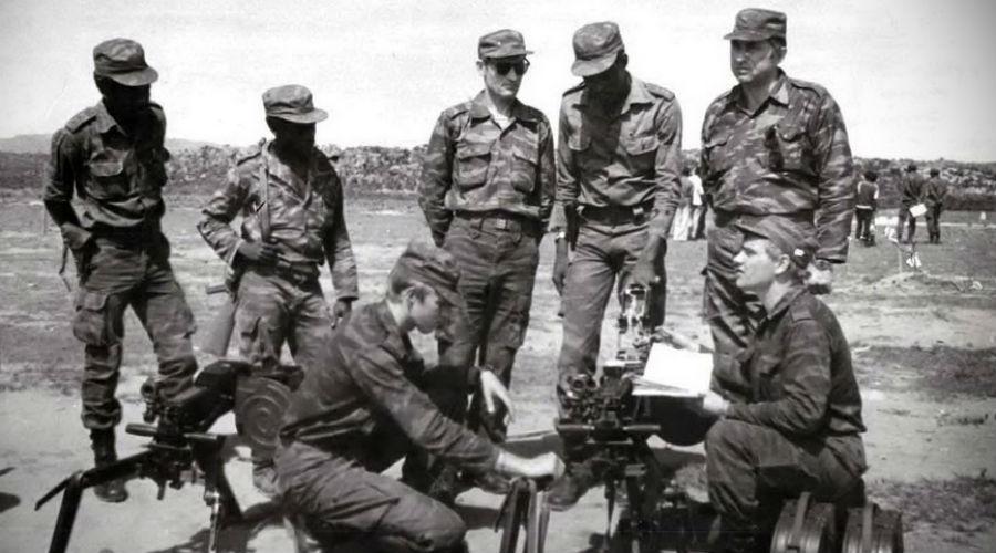 Профессиональные диверсанты К 1957 году Харченко удалось убедить ставку в необходимости формирования разведывательно-диверсионных рот особой подготовке. Каждая рота делилась на три взвода, стратегически важные округа обзавелись целыми спецбатальонами: 360 бойцов в целом, три роты. А в 1962 году на этой основе сформировали 8 бригад спецназа, каждая на 1800 человек.