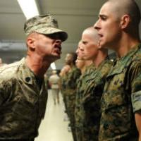 Слабакам не место: нормативы физподготовки армии США