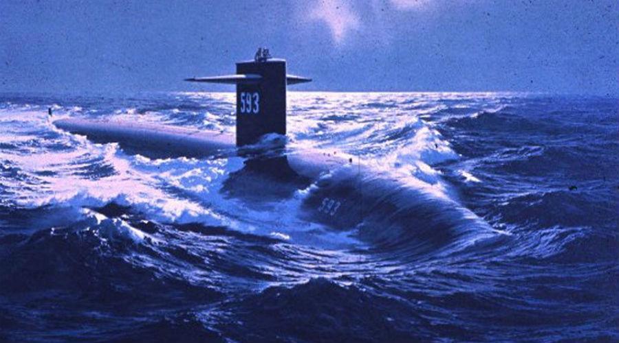 Жало скорпиона Ударная субмарина ВМФ США Scorpion была спроектирована с серьезными отличиями от всех использовавшихся в то время подводных лодок. Каплевидный корпус, сравнительно малое водоизмещение, высокая скорость: эти крейсеры идеально подходили для выслеживания и атаки одиноких судов противника.