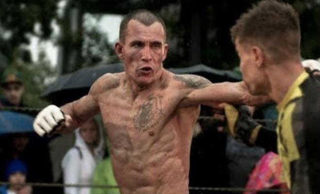 Авторитетный боксер решил поставить ММА-новичка на место и поплатился