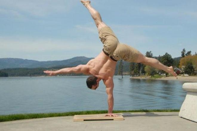 Стоим 30 дней на руках: трансформация тела