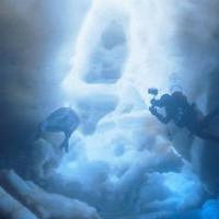 Камера погрузилась в бездну подо льдами Антарктиды