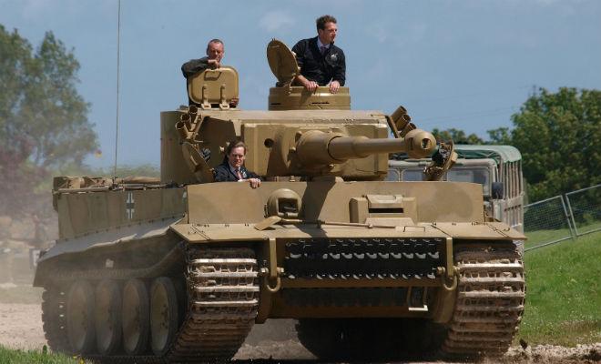 Залезаем в настоящий танк Тигр