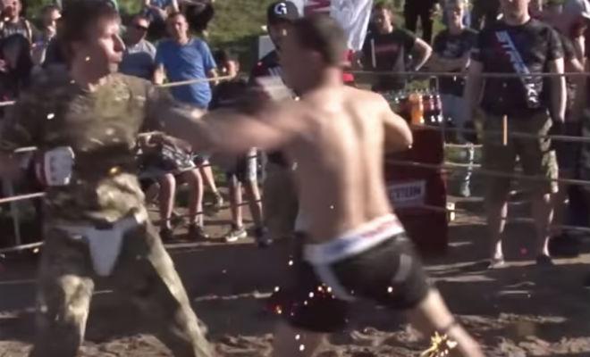 Солдат против ММА-профи: мощная схватка на самодельном ринге