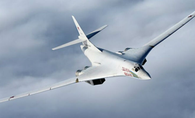 Ту-160 включил форсаж и ушел от двух американских истребителей