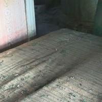 В старом диване спрятали сокровища: везение черных копателей в заброшенном доме