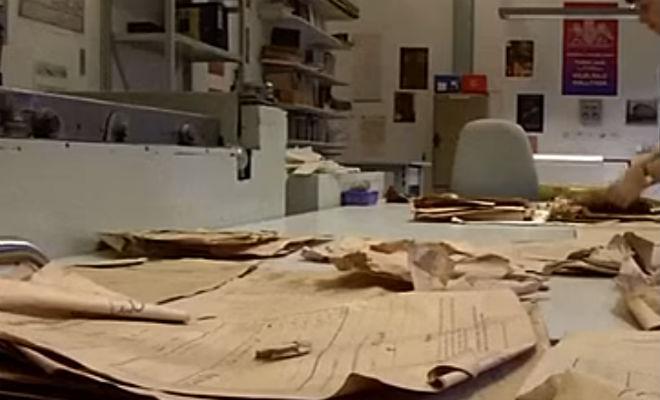 Стена квартиры дала трещину и показала спрятанные архивы Рейха