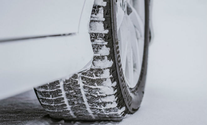 Отличия зимних шин от летних: дело не только в шипах